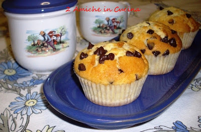 Muffin alla Vaniglia e Gocce di Cioccolato