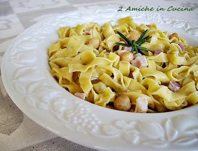 Fettuccine di Ceci con Pancetta Affumicata e Ceci