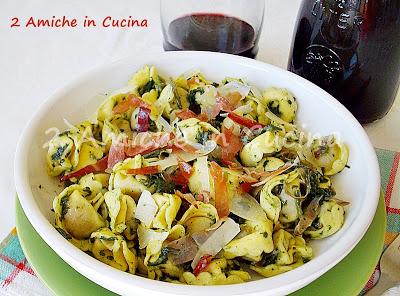 Cappelletti con  Cicoria, Pecorino e Prosciutto Croccante