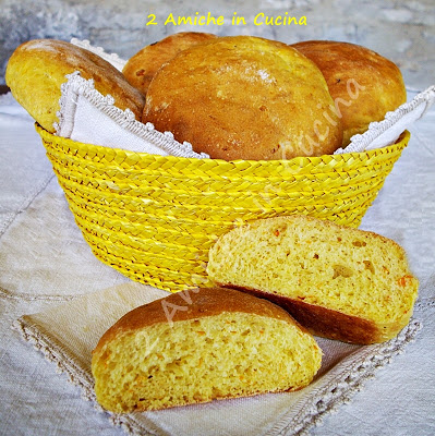 Pane alla Zucca e Curry
