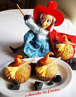Muffin della Befana al panettone, ricetta per riempire la calza