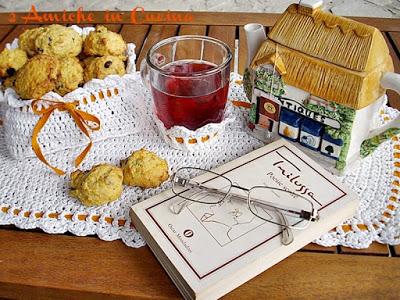 Biscotti con farina di farro e carote