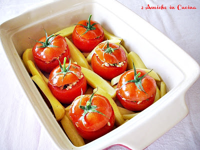 pirofila di pomodori ripieni