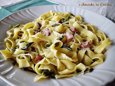 """Cucina Umbra: Tagliatelle saporite con asparagi di bosco e pancetta per """"L'Italia nel Piatto"""""""