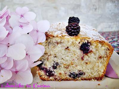 Plum cake alle More e Amaretti