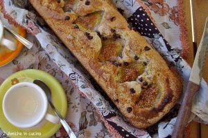 Plum cake integrale con ricotta, fichi e gocce di cioccolato