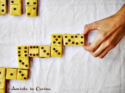 Biscotti Domino alla Nocciolata