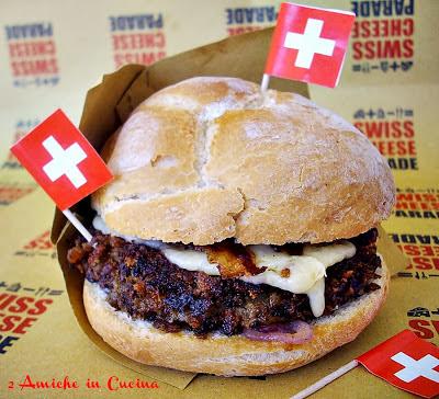 Panino con Hamburger di Lenticchie, Gruyère e Guanciale