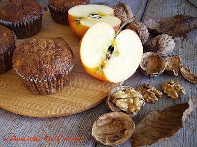 Tortine di grano saraceno con mele e noci