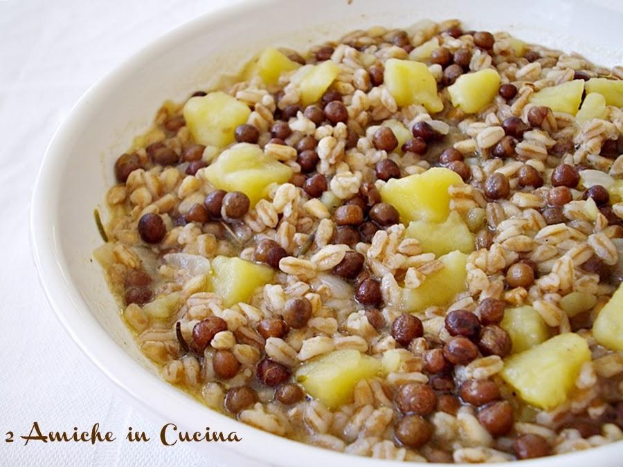 Zuppa di farro con roveja e patate