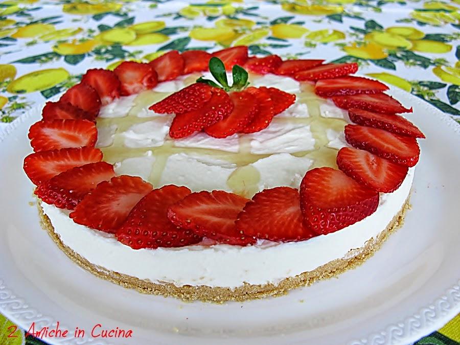 Torta Allo Yogurt E Limone Alle Fragole 2 Amiche In Cucina