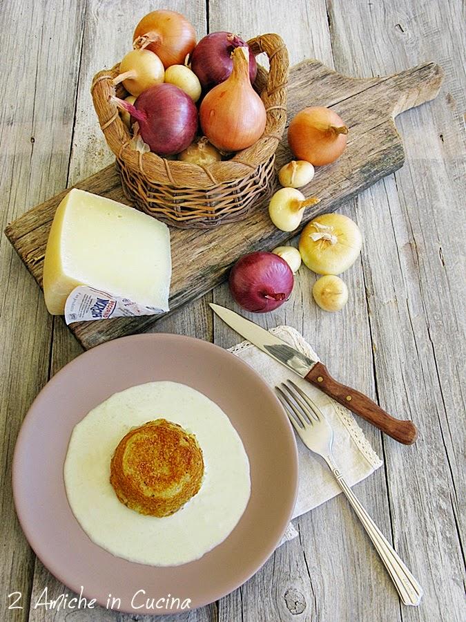 Tortino di patate cipolle con fonduta di pecorino, ricetta con prodotti tipici umbri