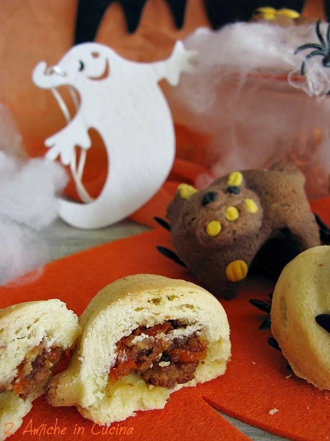 Biscotti per Halloween ripieni di zucca e mele