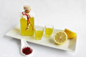 Liquore allo zafferano fatto in casa, idea regalo