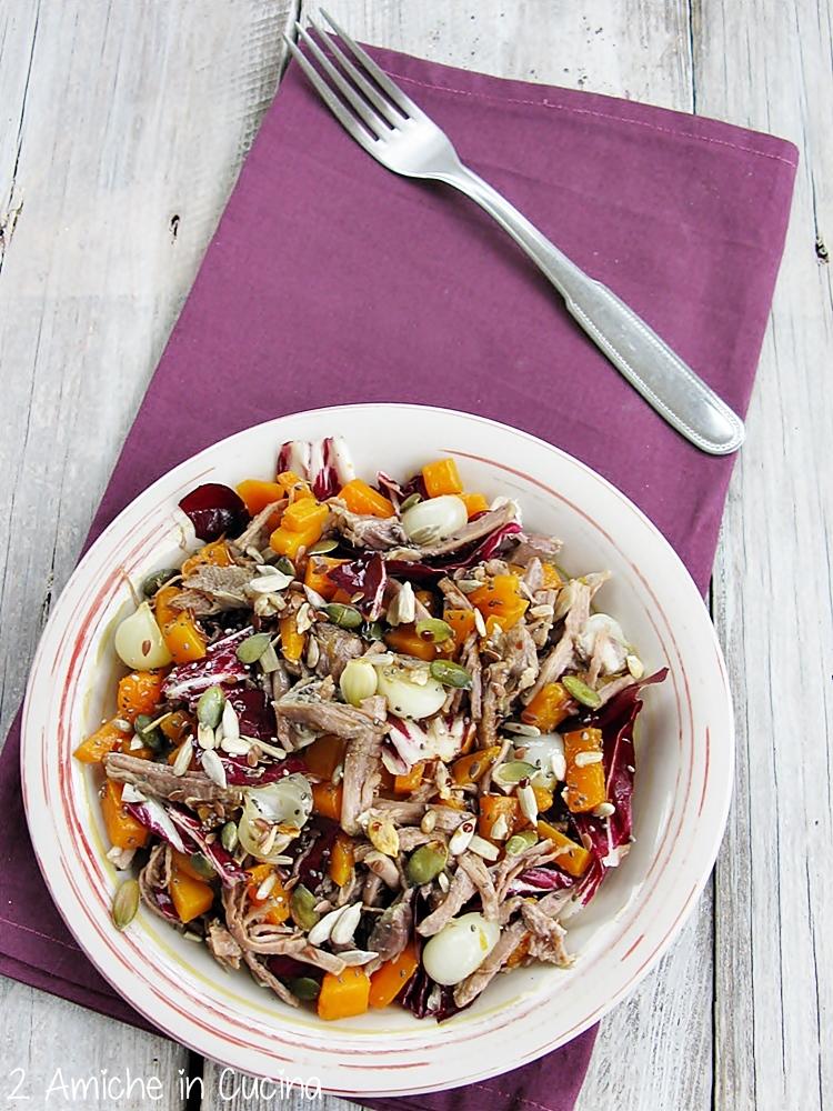 insalata di bollito e radicchio  con zucca e semi