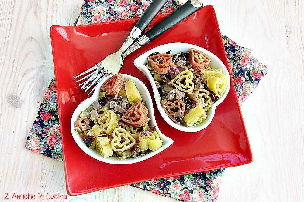 Cuori di pasta con tonno affumicato e radicchio