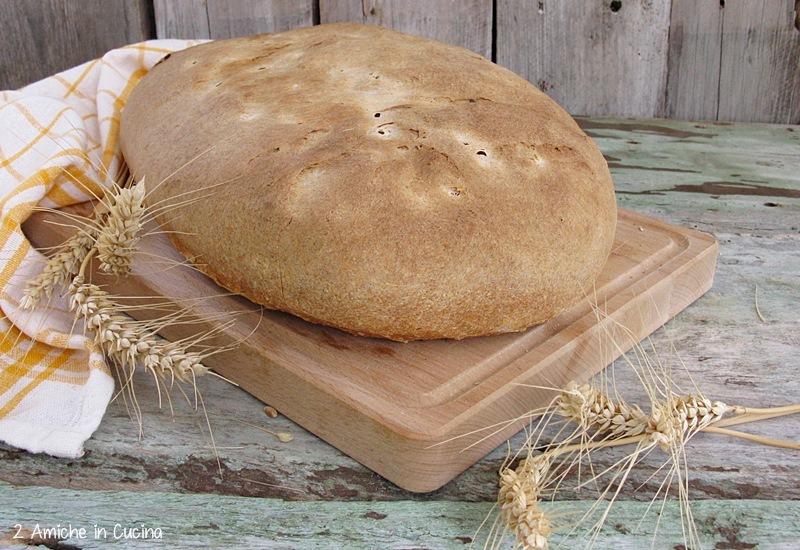 pane con farina macinata a pietra e lievito madre