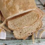 pane con farina macinata a pietra e pasta madre