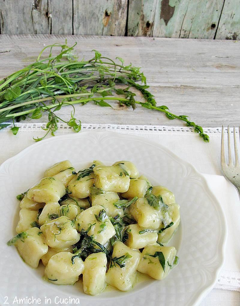 Gnocchi di patate rosse di Colfiorito IGP alle erbe campagnole dell'Umbria