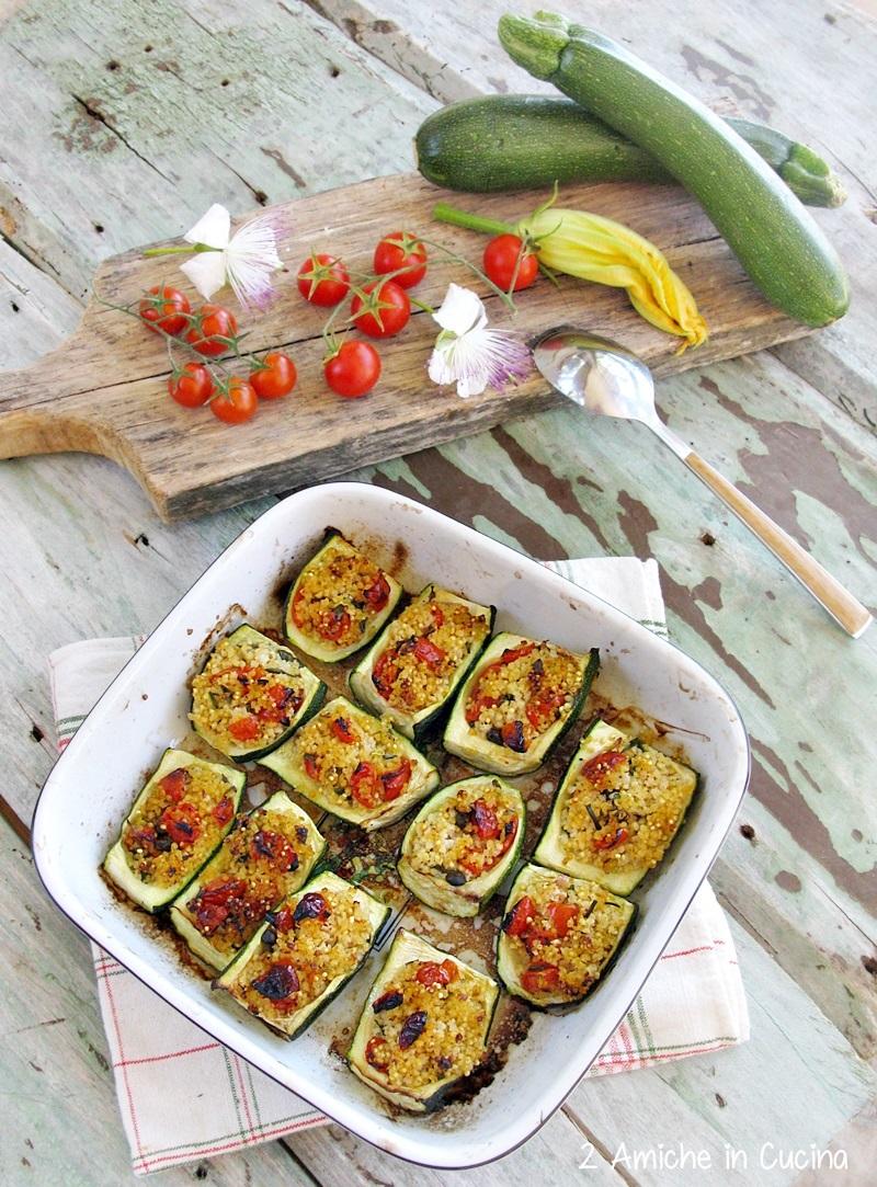 Barchette di zucchine ripiene di miglio, erbe aromatiche e pomodorini