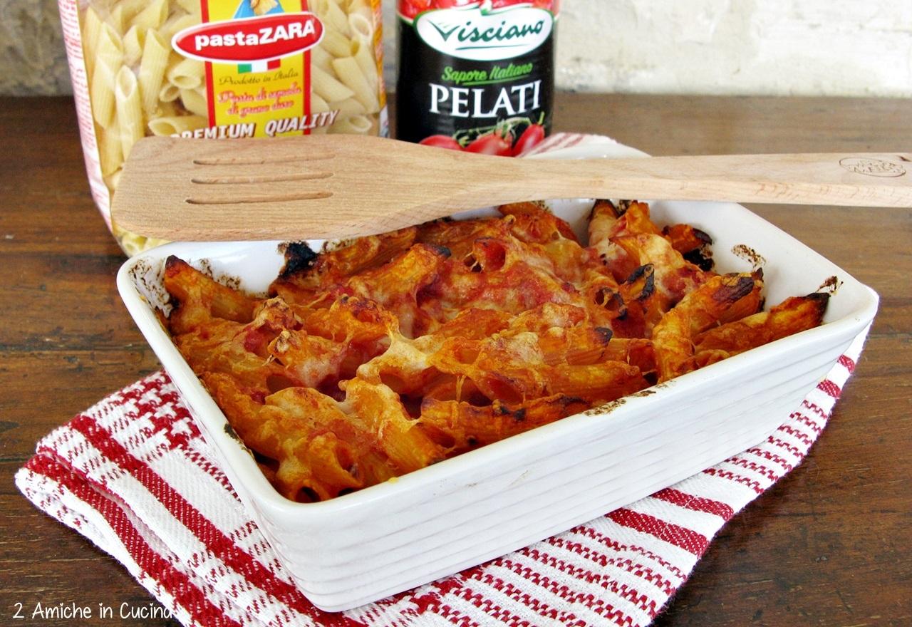 Sformato di pasta con pancetta e provolone piccante