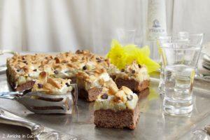 Crostata al cioccolato, pere e zafferano con grappa di Grechetto