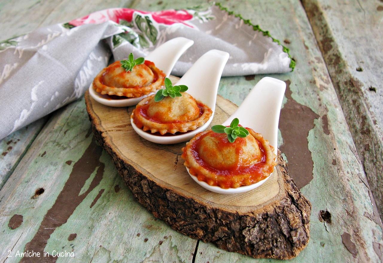 Sole di pasta ripieno di ricotta, versione finger food