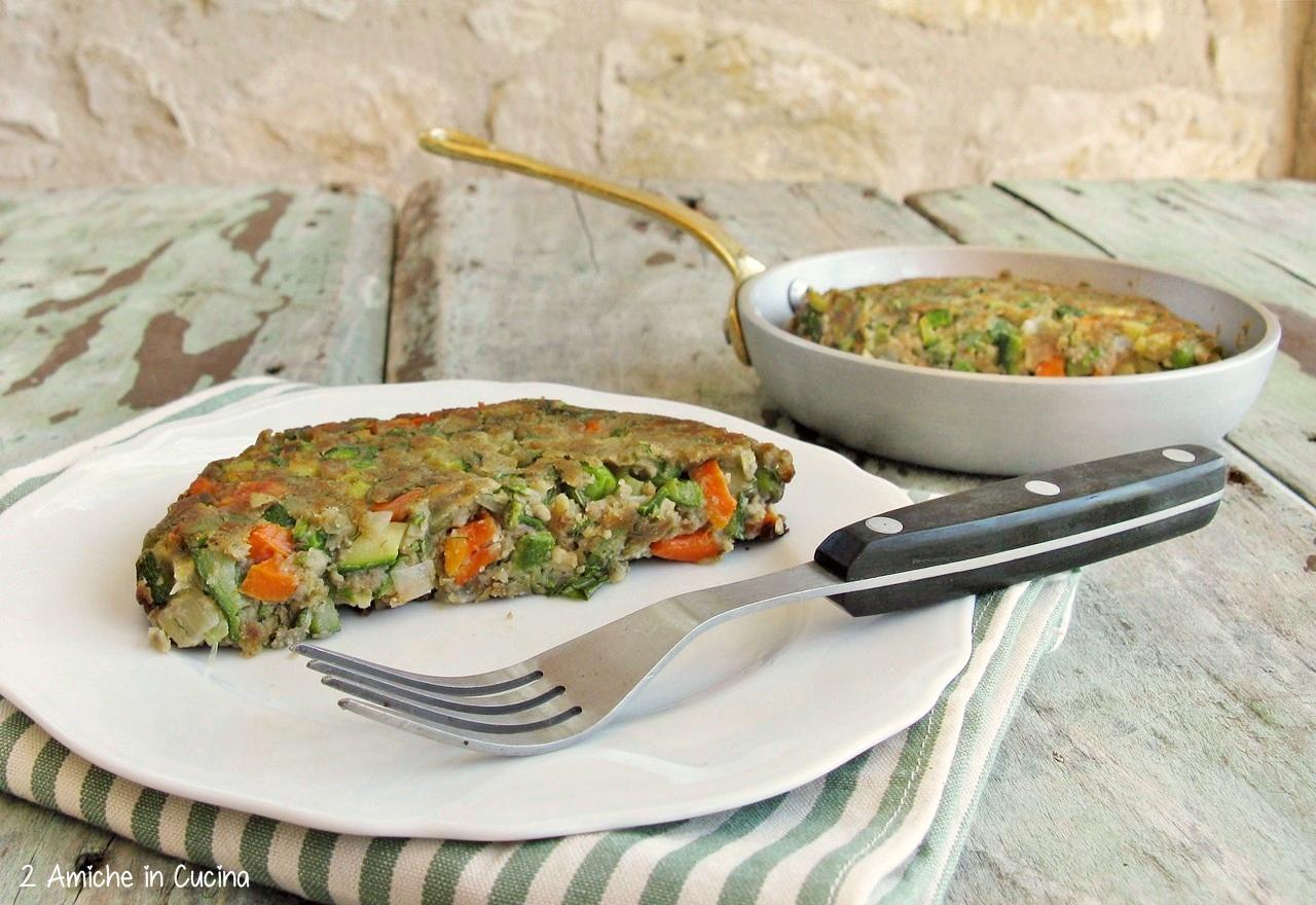 Frittella vegan con verdure e farina di lenticchie rosse