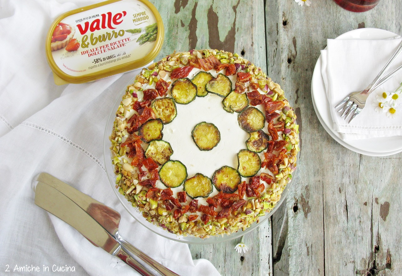 orta salata con zucchine e pomodori secchi