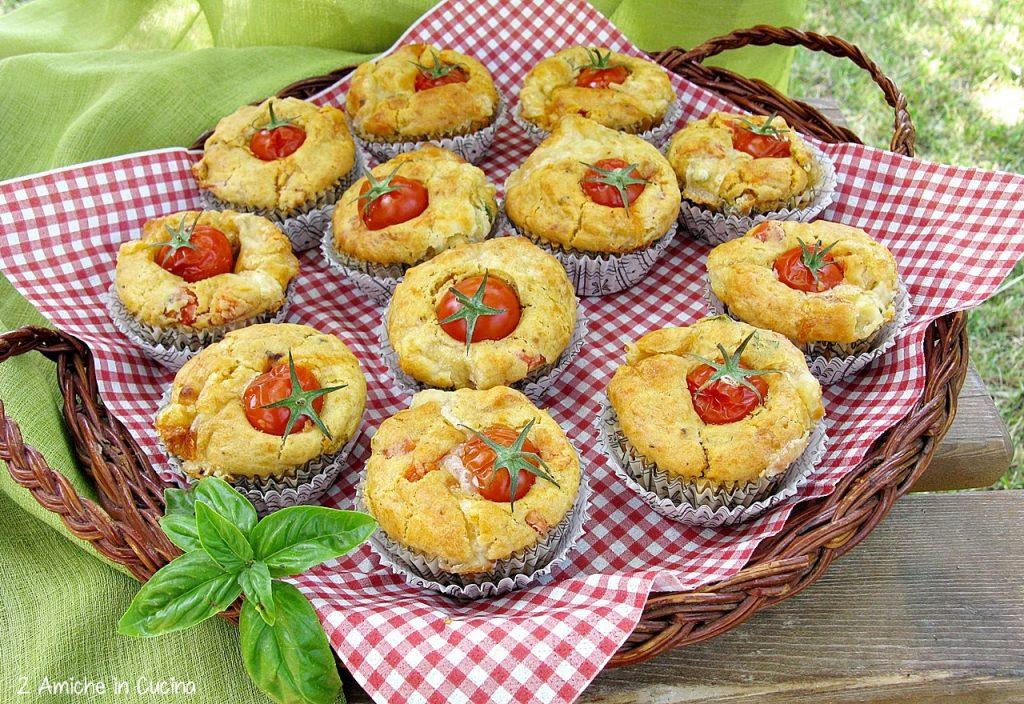 Muffin salati alla caprese