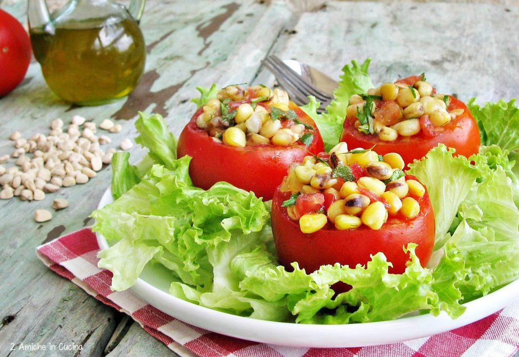 Insalata di cicerchie e pomodori