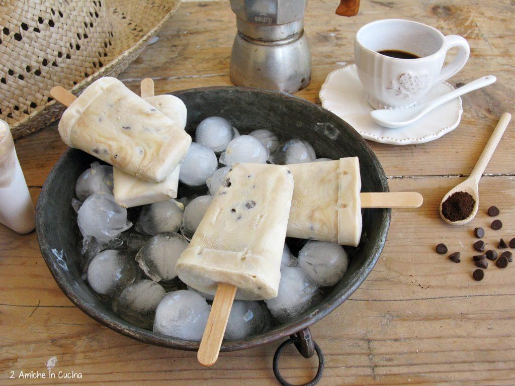 Frozen yogurt al caffè e cioccolato