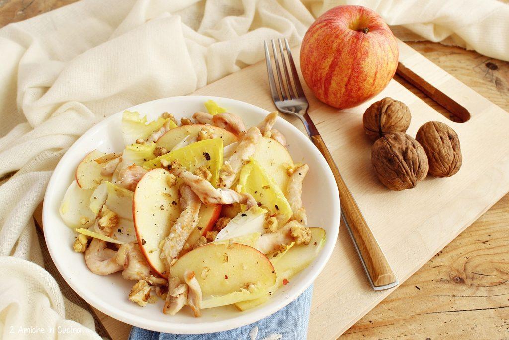 insalata light con pollo e mele