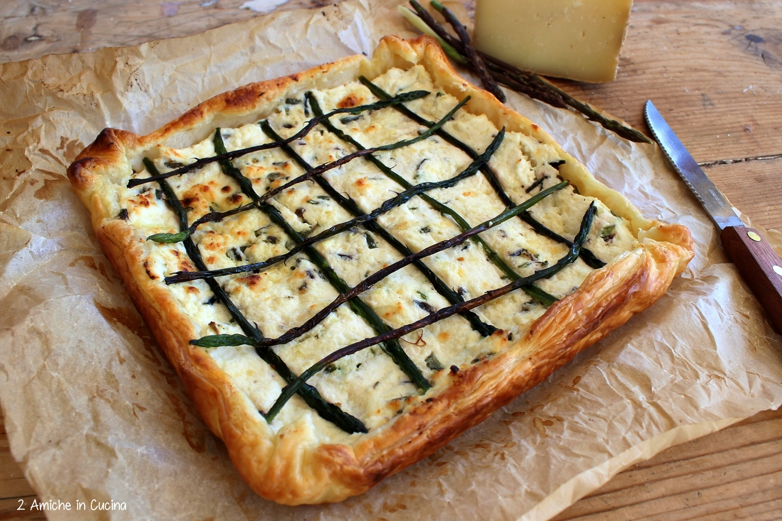 Torta salata asparagi e pecorino toscano