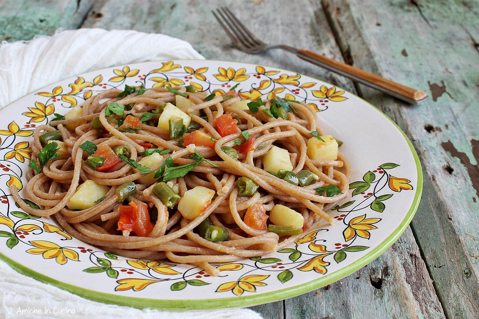 primo piatto con pasta e verdure