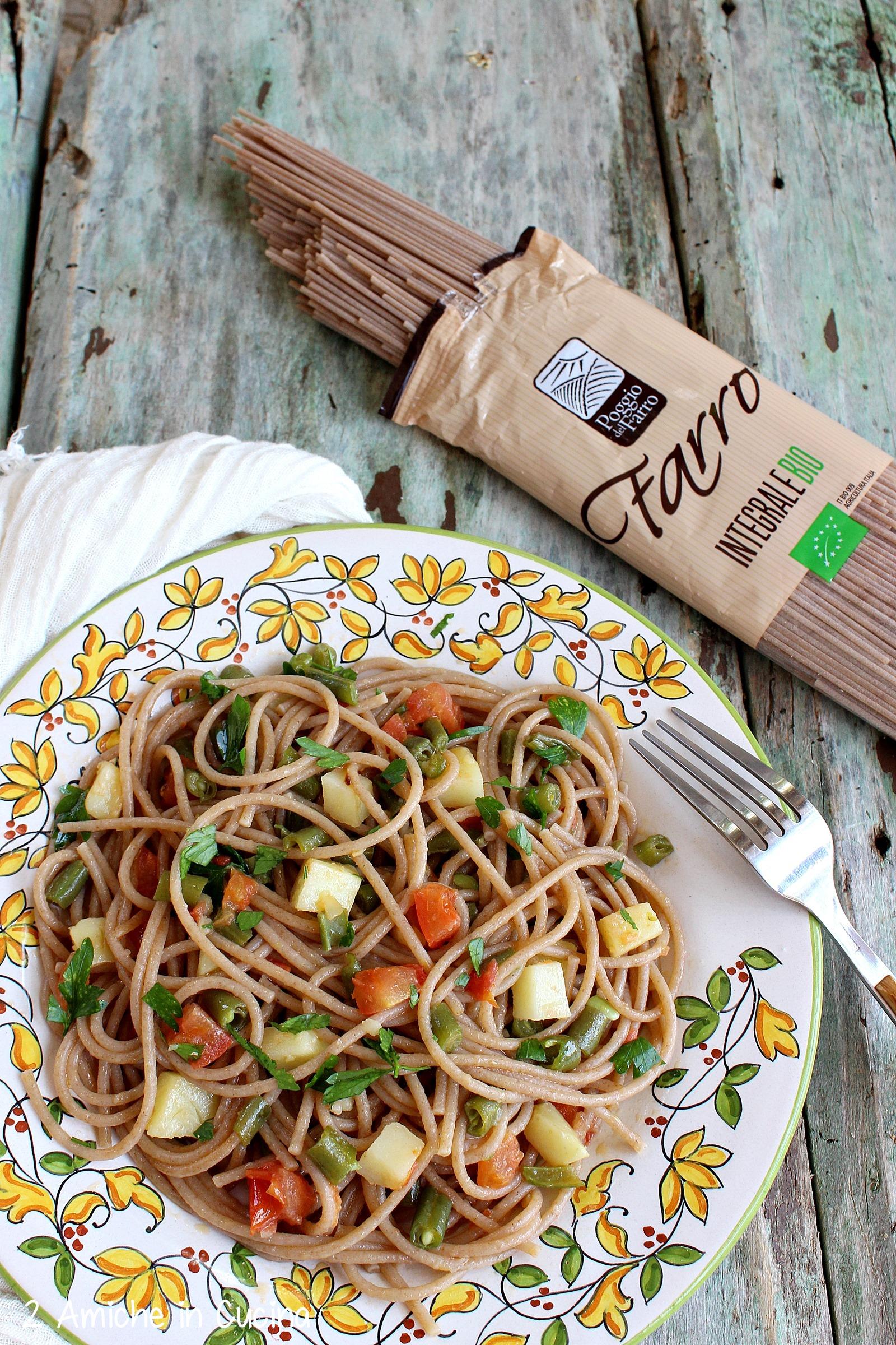 spaghetti di farro con patate e fagiolini