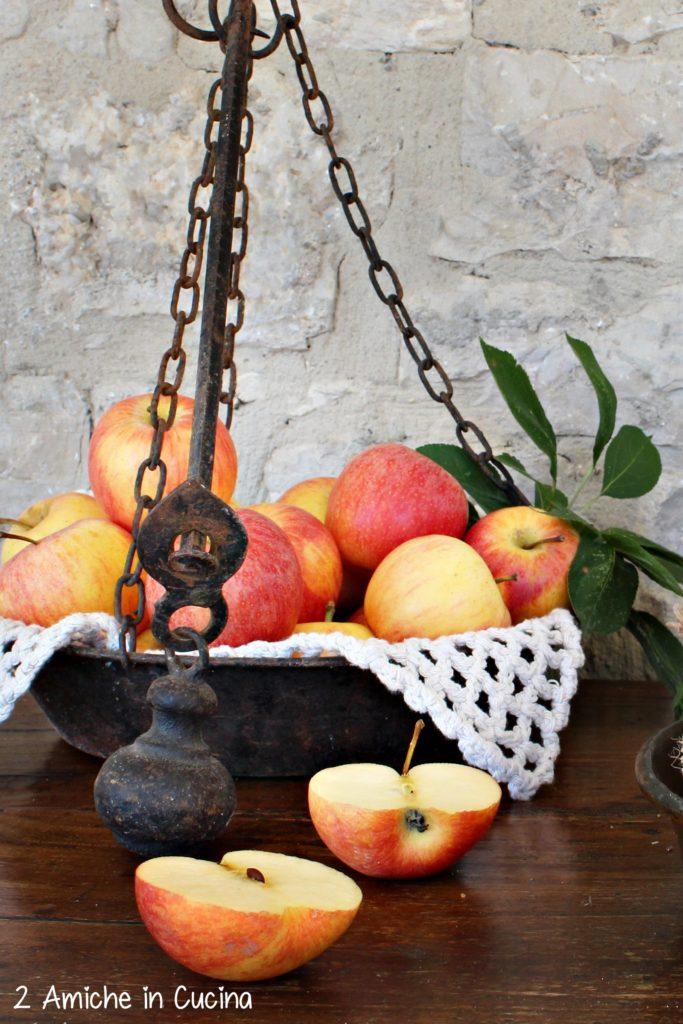 Liquore ai semi di mela