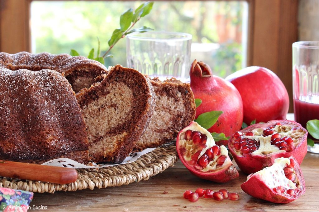 Ciambella alla melagrana e cacao
