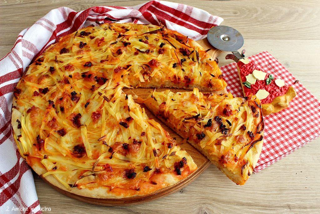 pizza patate e 'nduja passo passo