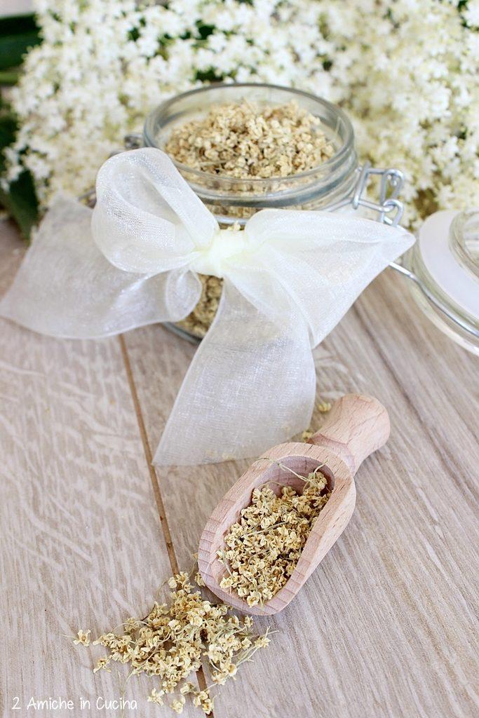 fiori di sambuco essiccati