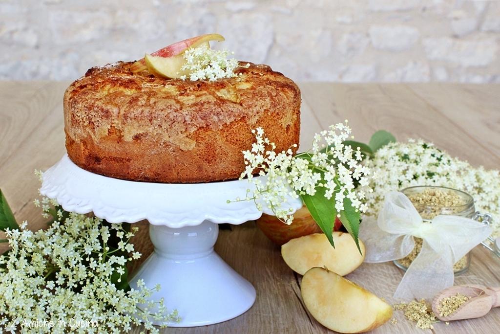 torta di mele di fiori di sambuco