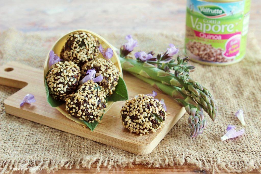 polpette di quinoa-asparagi-sesamo-valfrutta