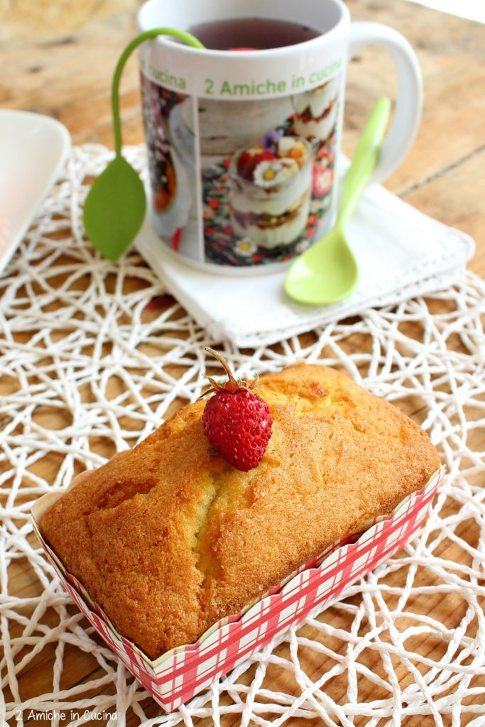 Mini plumcake al cocco con fragoline e limone 2