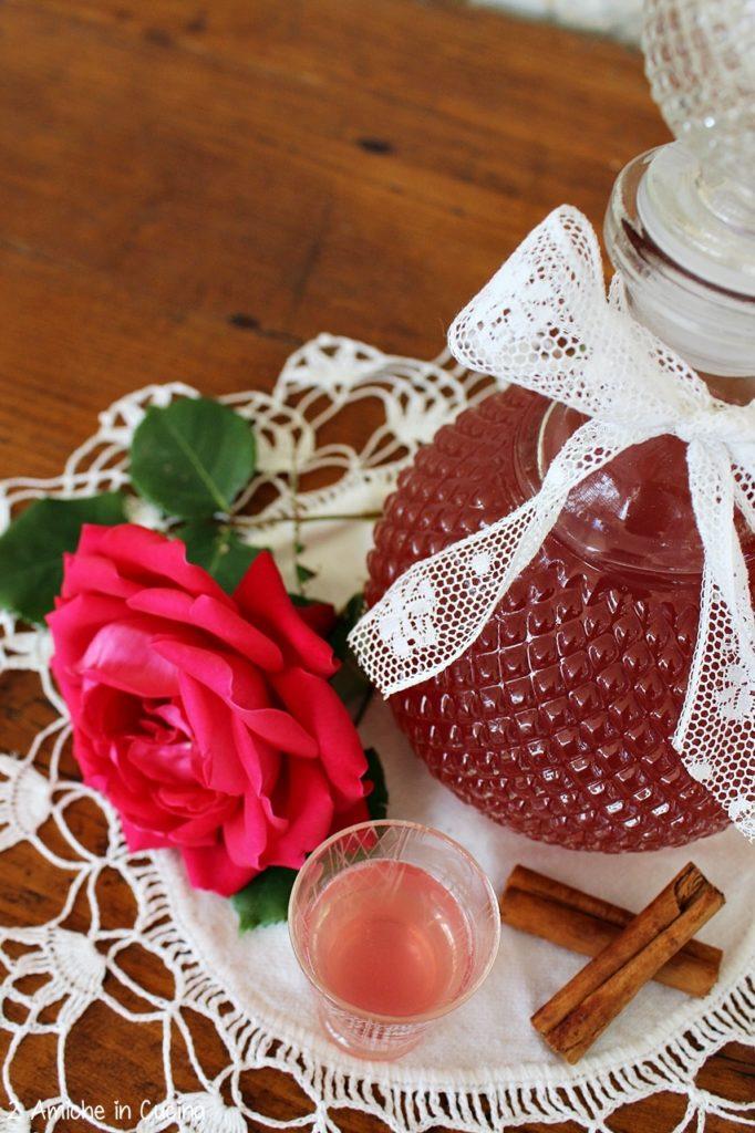 liquore alle rose - cannella
