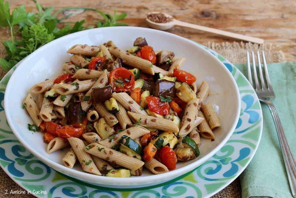 Penne con semi di lino e verdure – Insalata di pasta