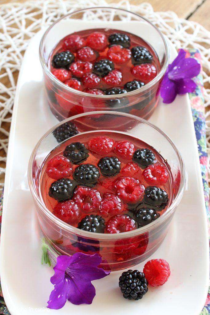 https://www.nigella.com/recipes/slut-red-raspberries-in-chardonnay-jelly