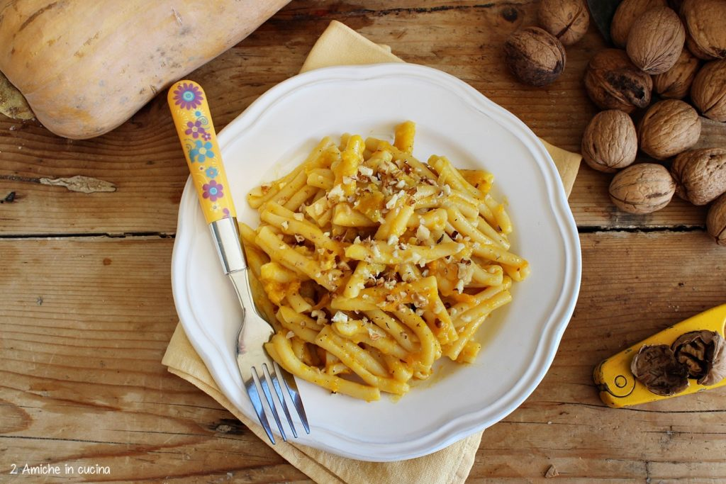 pasta zucca e noci, ricetta vegan