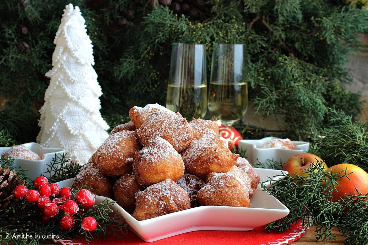 Frittelle olandesi con le mele - Oliebollen met appel ricetta tipica olandese di Capodanno