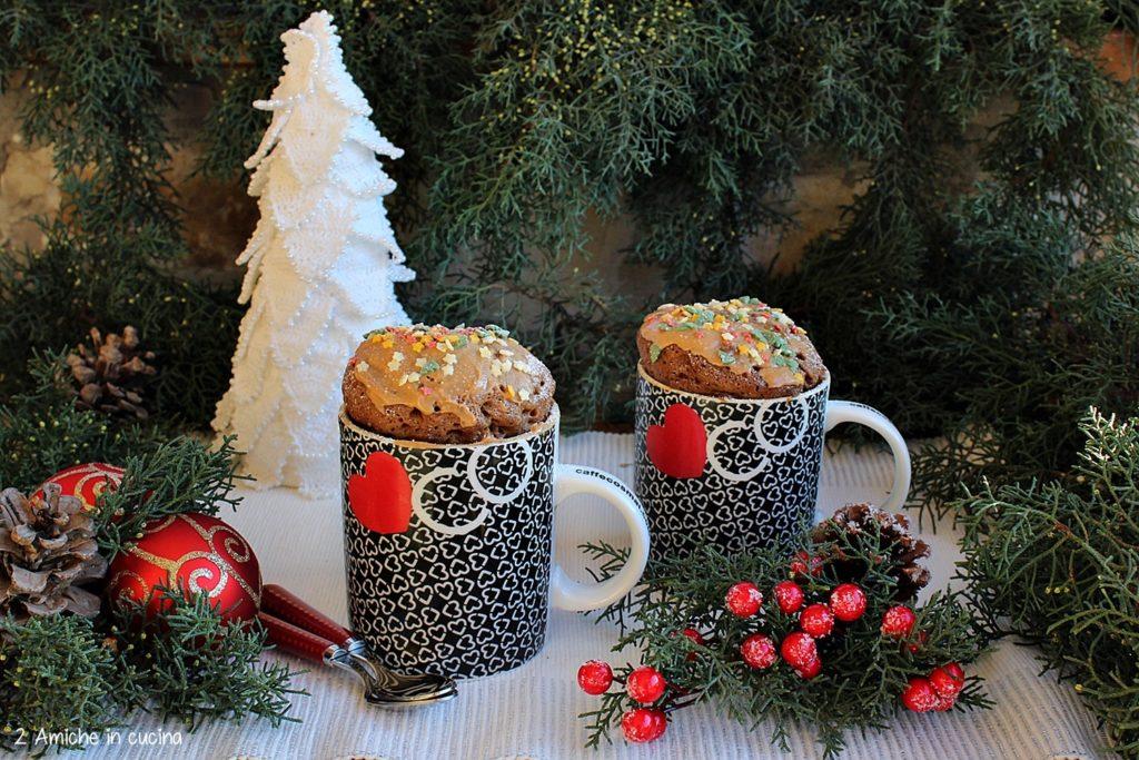 Mug cake al caffè e cannella con crema al caramello