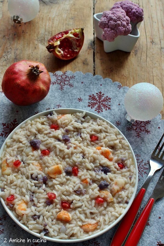 Risotto al cavolfiore e gamberi con chicchi di melagrana, ricetta per Capodanno